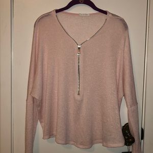 M. Fredric pink sweater size med.